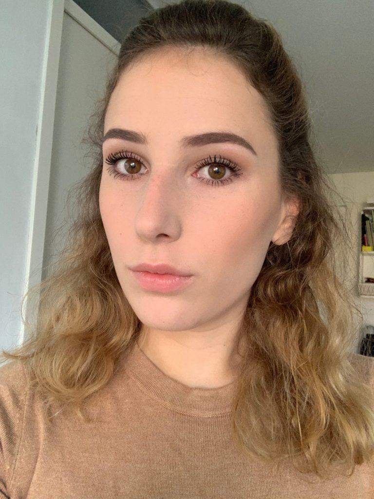 essence fresh and fit foundation look